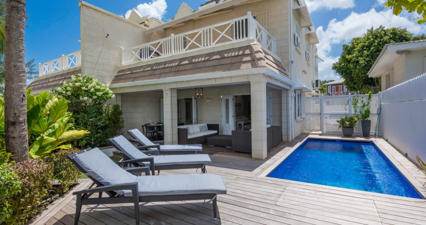 Radwood 1, Beachfront, Barbados